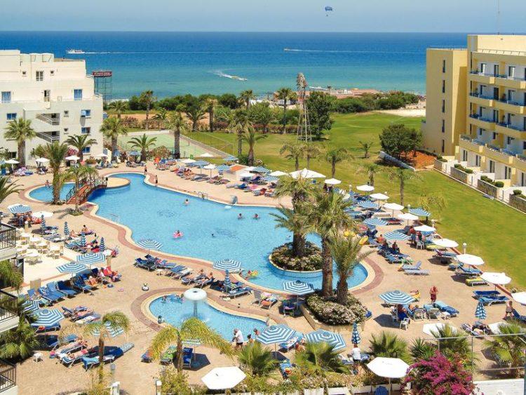 Отель Beach hotel (Кипр) — отзывы