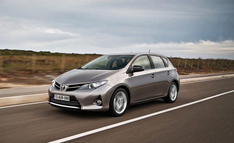 Toyota Auris хэтчбек — отзывы владельцев