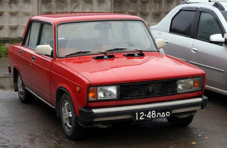 Автомобиль ВАЗ 2105 седан — отзывы