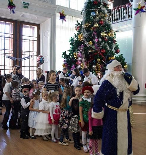 Новогодняя елка во дворце культуры ВВЦ (Россия, Москва) — отзывы